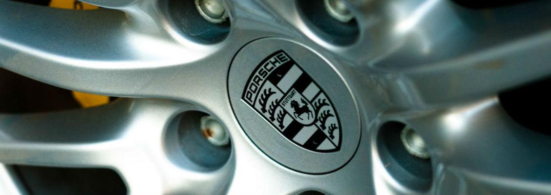 porsche-alloy-wheel-1130-400